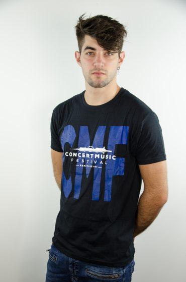 camiseta negra oficial
